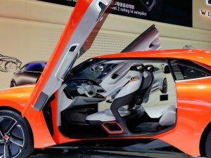Концепт нового автомобиля WEY на автосалоне в Пекине
